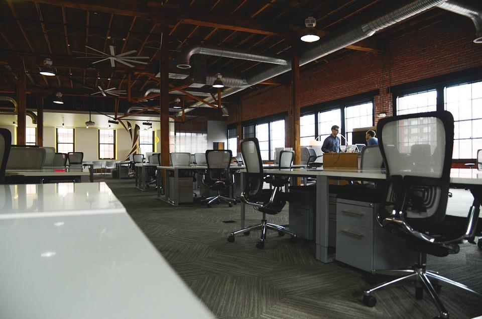6 conseils pour choisir le bon fauteuil de bureau pour vos employés