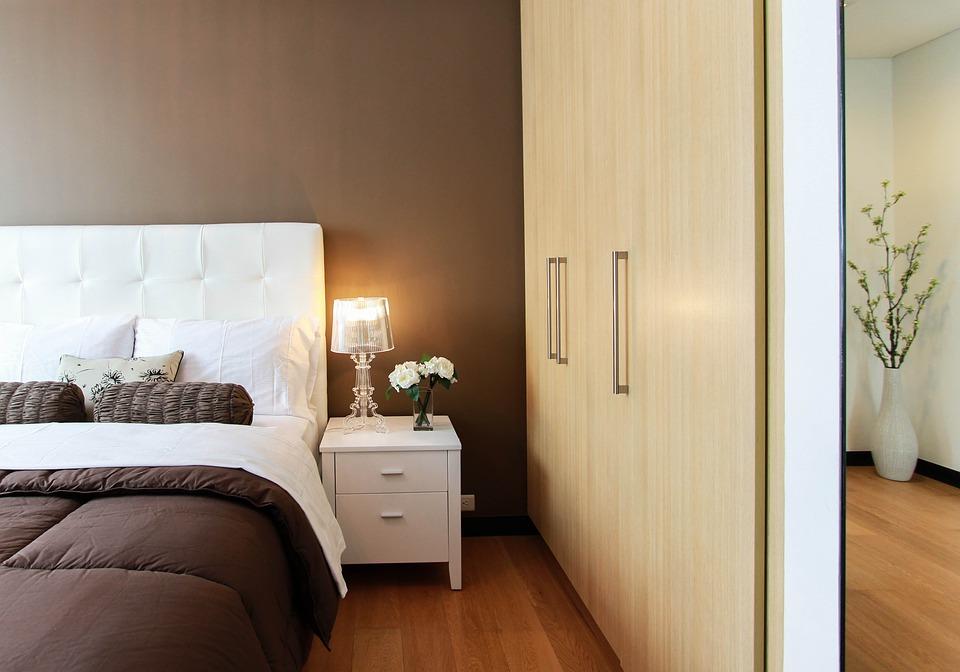 Comment concevoir votre chambre pour une meilleure nuit de sommeil